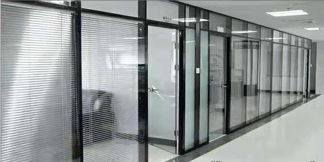 办公室高隔断设计